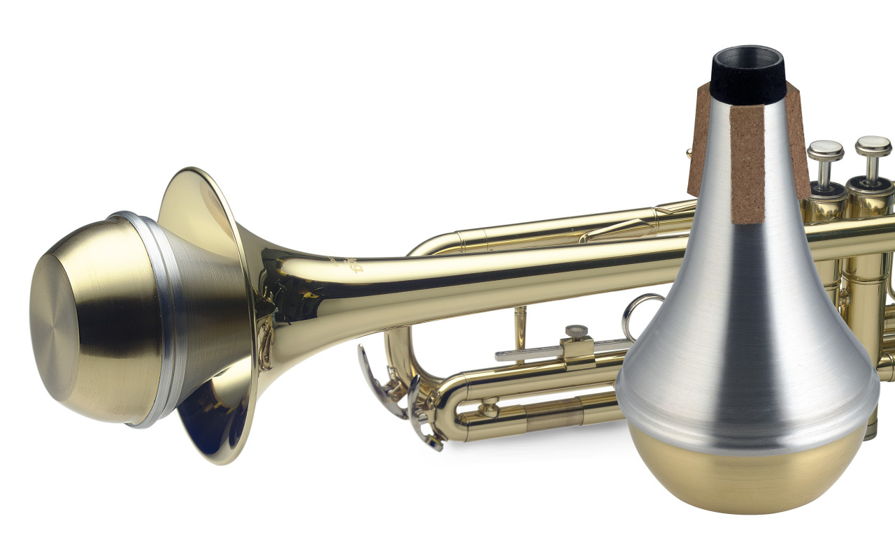 Straight mute for trumpet, with brass bottom