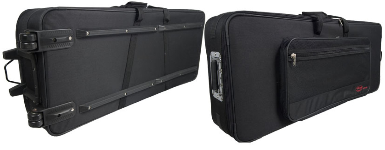 Soft case for keyboard, with wheels and handle