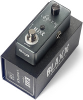 BLAXX looper pedal for electric and bass guitars