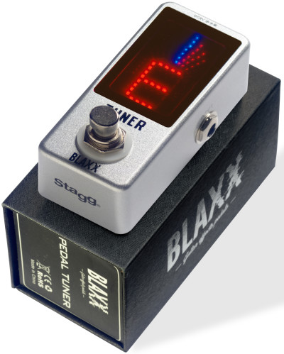BLAXX auto-chromatic tuner pedal for guitar, bass and other music instruments