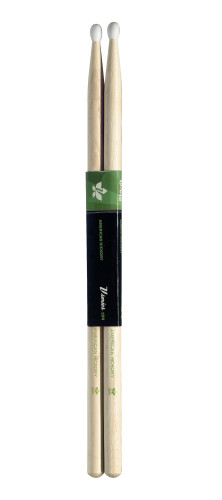 Pair of Hickory Sticks, V series/2BN - Nylon Tip