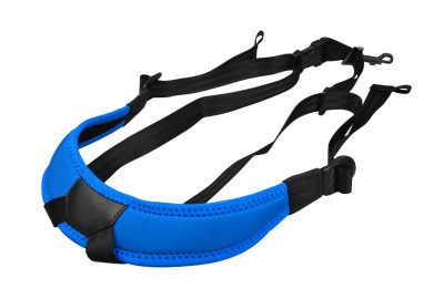 Junior fully-adjustable saxophone harness with soft shoulder padding, blue